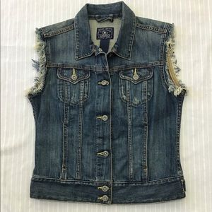 LUCKY BRAND DISTRESSED JEAN VEST